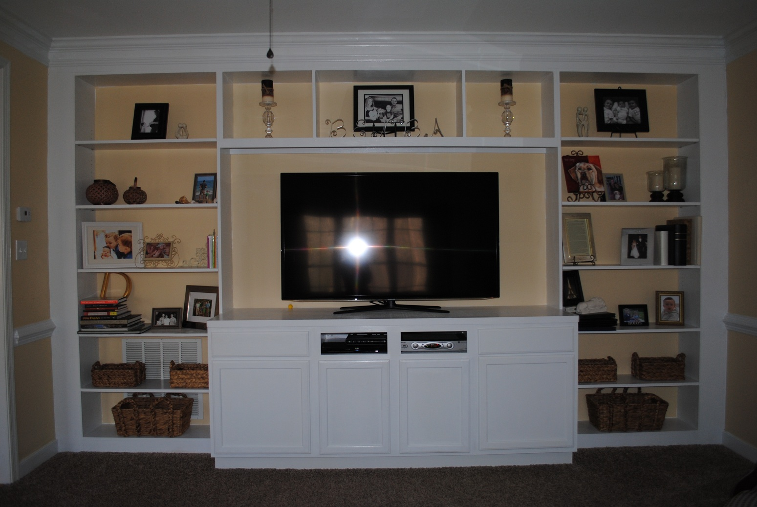 ikea kitchen ideas 2013 html with Looking Someone Build Entertainment Center 69138 on  likewise 1566554517 together with Hidden Kitchen Functional Feature Modern Design Logica System Kitchen as well Schottis Custom Shades additionally Hackers Hep Help In Identifying Couch.